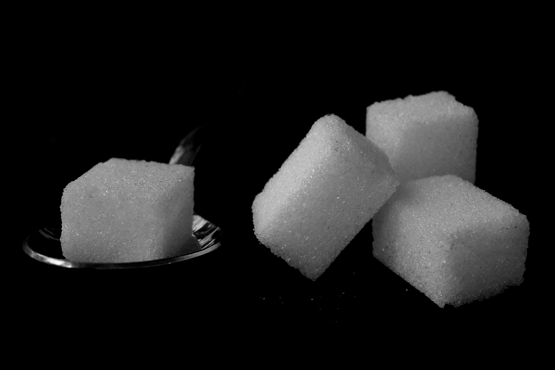 Aspectos tecnológicos involucrados en la sustitución de azúcar por edulcorantes