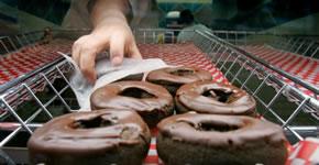 Controlando los azúcares que llevan a la obesidad y a la diabetes